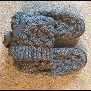 Knitted lace back uggs